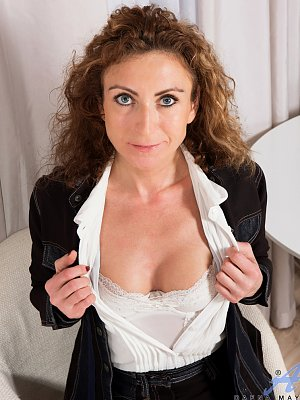 Sexy Wife Dafna May