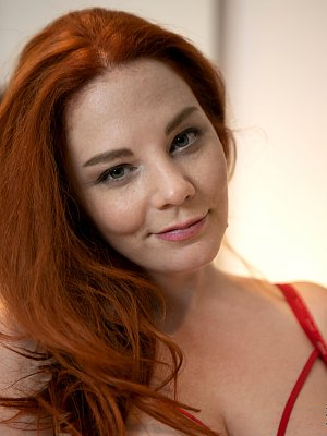 Sexy Redhead Avalon